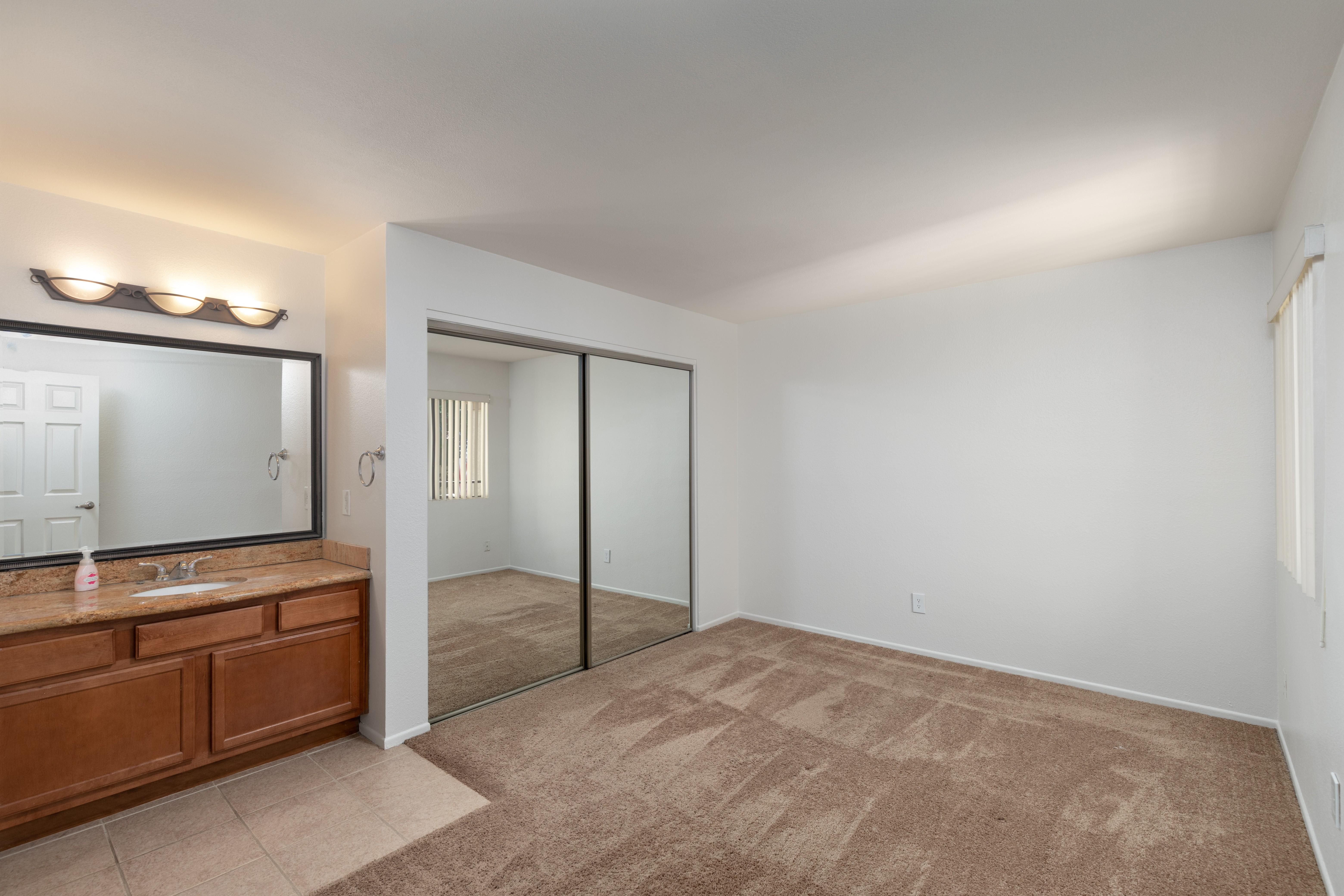 1110 W. Blaine Street 208, Riverside, CA 92507