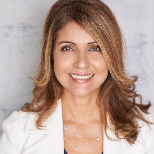 Carolyn Valle